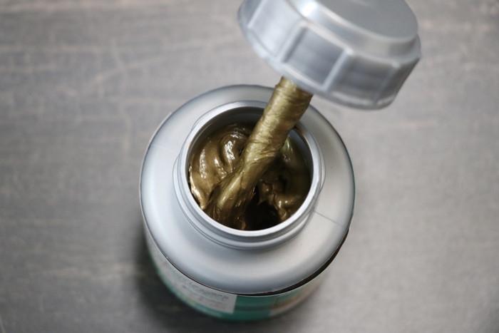 銅グリスは絶対おすすめ!DAYTONA カッパーコンパウンドは刷毛付きで便利